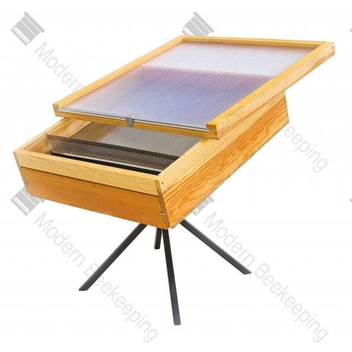 Solar wax melter for 2 frames with stand